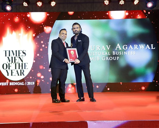 Gaurav Agarwal awarded Times Men of the Year 2019 by Sunil Shetty